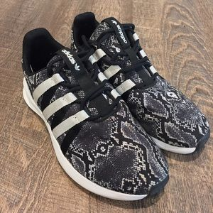 Adidas Men's SL loop black white snake shoes